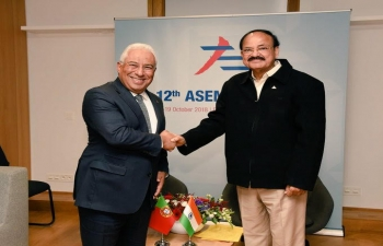Meeting between Vice-President M Venkaiah Naidu and Prime Minister Antonio Costa (18.10.2018)