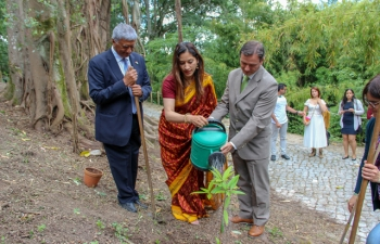 Celebrating 150 years of the Mahatma: Tree Plantation Event at the University of Coimbra (05.06.2019)